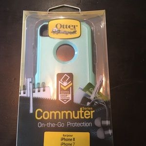 Otterbox commuter iPhone 8/7  cover